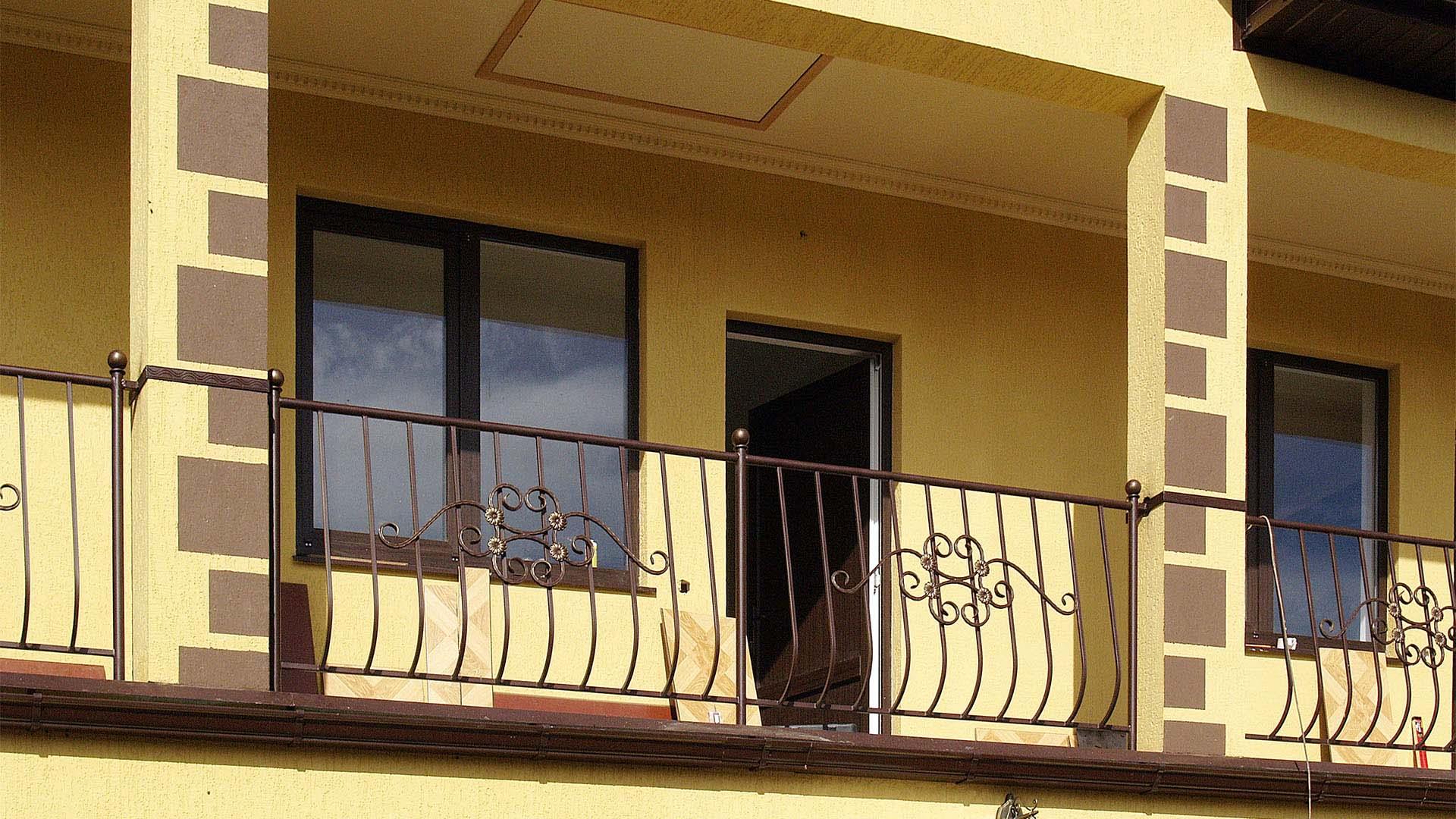 Стандартные балконные ограждения на заказ
