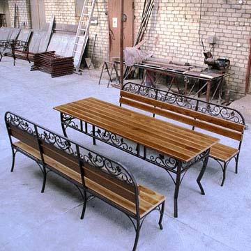 Скамейки и столы с элементами ковки на заказ