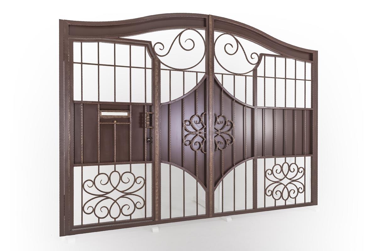 Кованые ворота со встроенной калиткой - г. Анапа