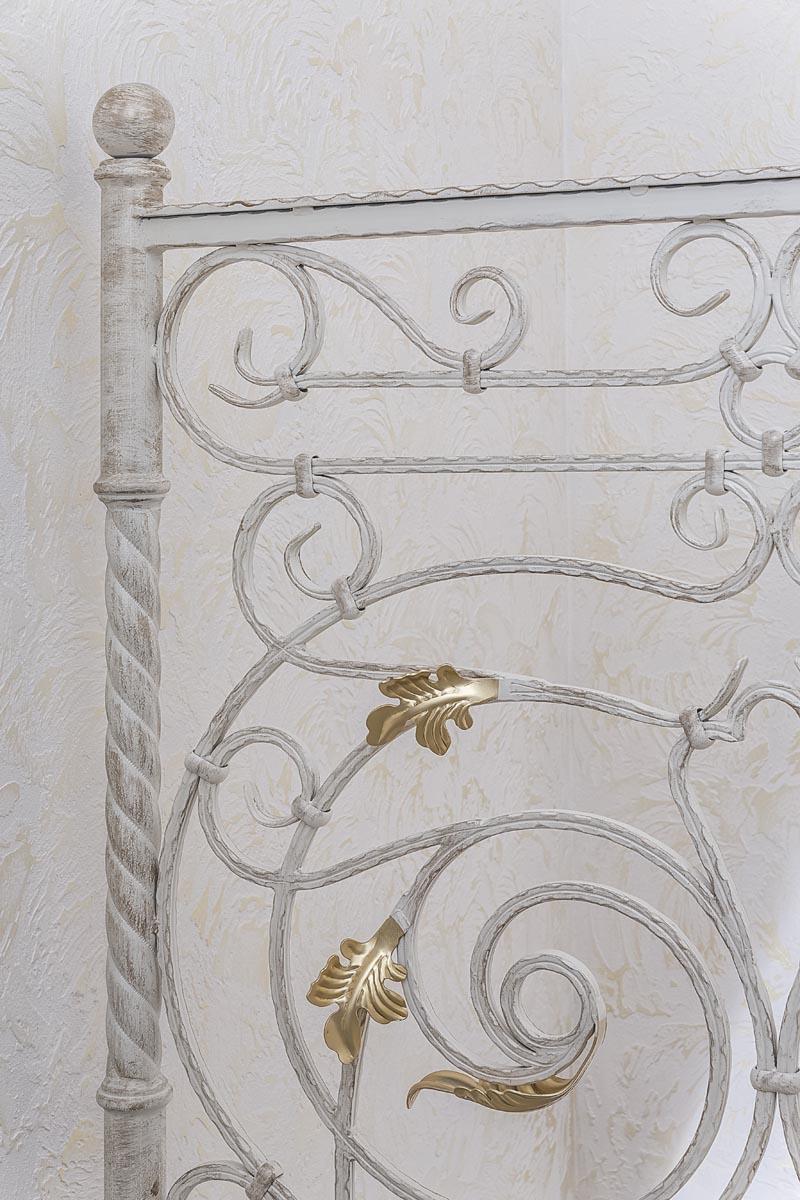 Лестница внутренняя с кованым ограждением - ст.Анапская