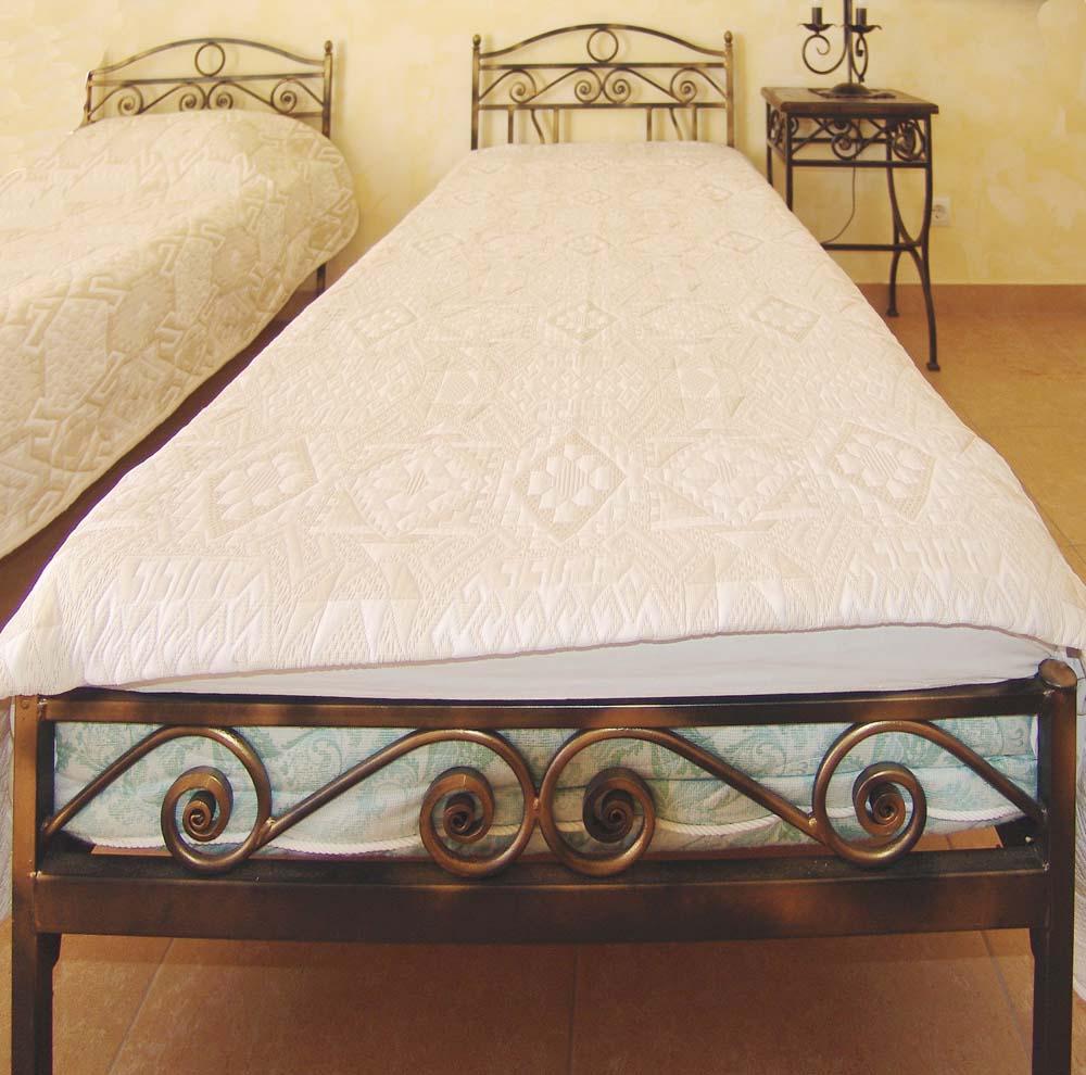 Интерьер номера в санатории Ривьера в городе Анапа