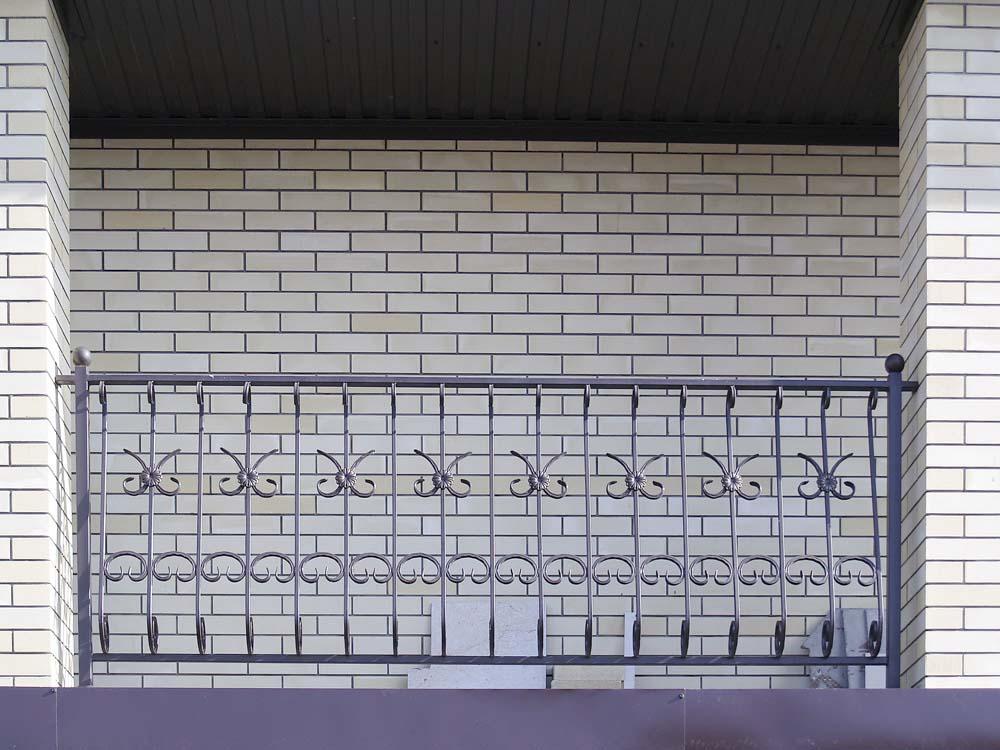 Уличные балконные ограждения в селе Пятихатки