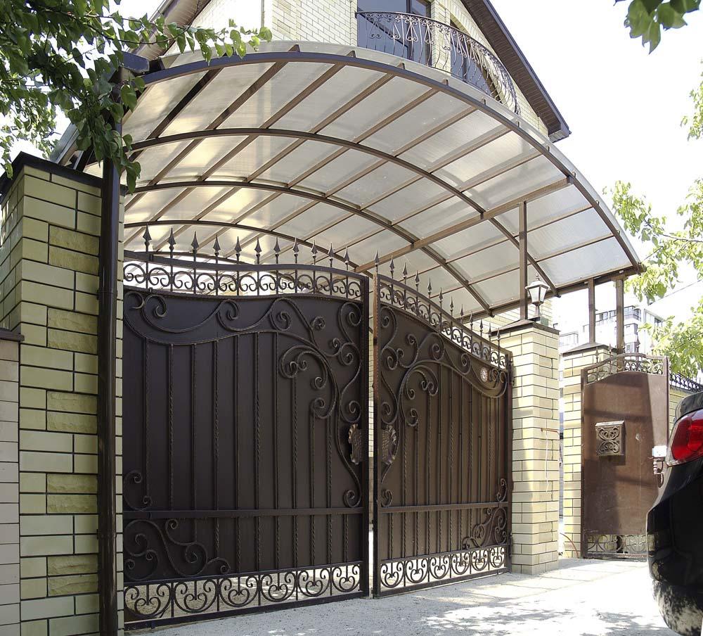 Кованые ворота, калитка и навес в городе Анапа