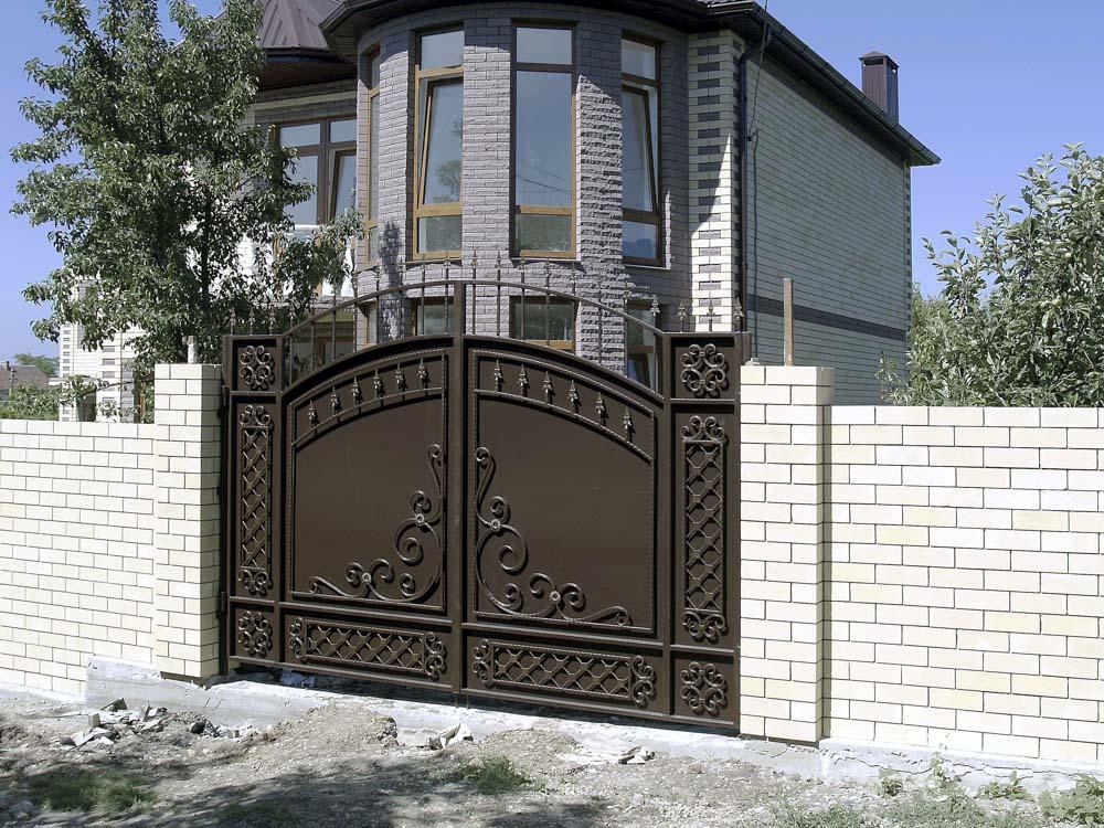 Стандартные кованые ворота B2 в поселке Супсех