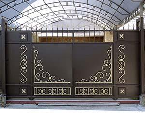 Стандартные откатные ворота с автоматикой, калитка и заборные секции –  г.Анапа