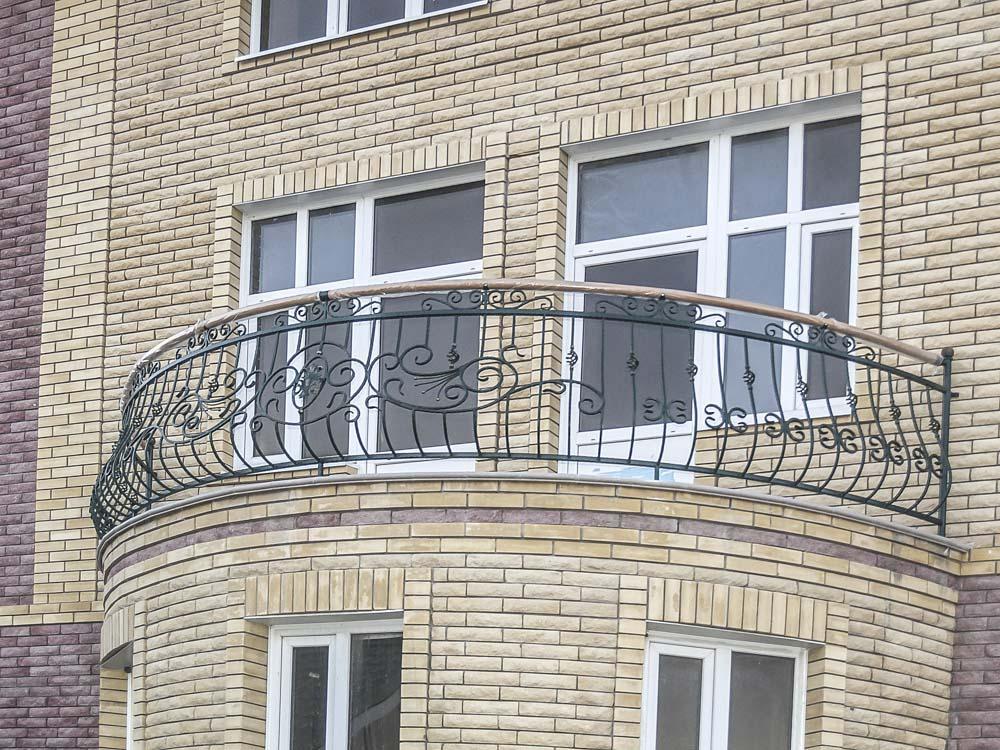 Уличные балконные ограждения в поселке Супсех