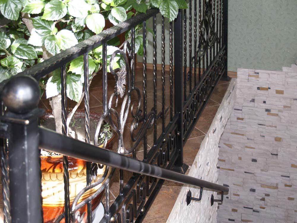 Внутренние лестничные ограждения в станице Анапской