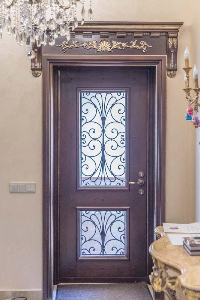 Дверь с элементами ковки - п.Адербиевка