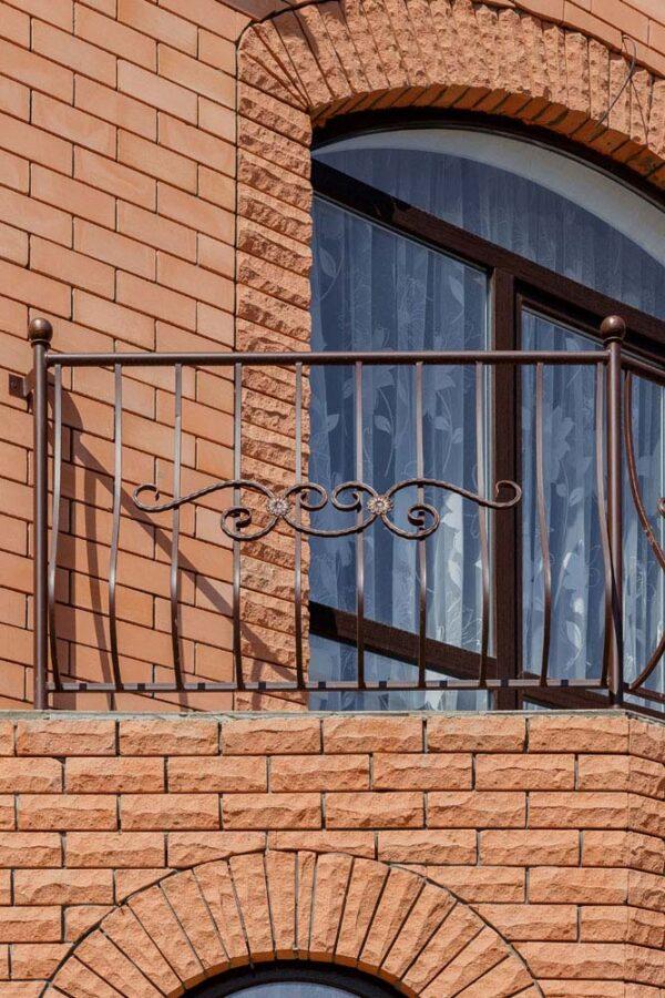 Стандартные ограждения для балкона