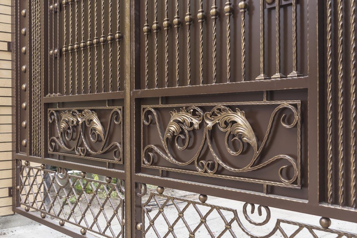 Кованые ворота и каилтка - с. Юровка