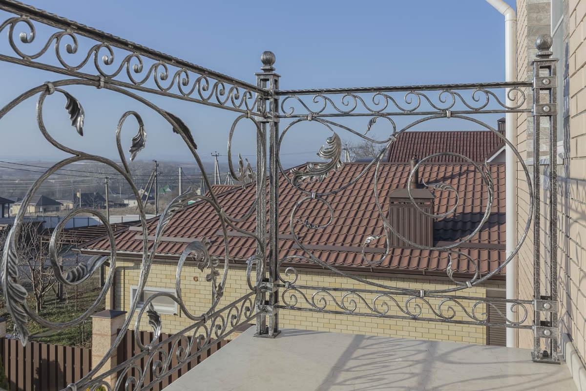 Балконное ограждение - ст. Гостагаевская