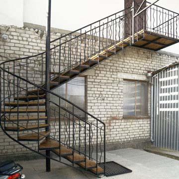 Лестницы на улицу на заказ