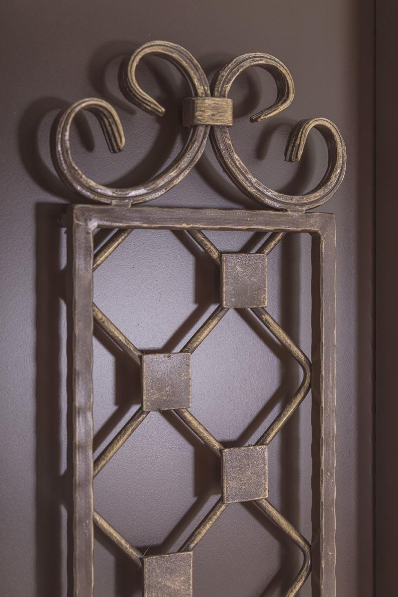 Стандартные кованые ворота c эмблемой - х.Пятихатки