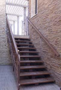 Лестница наружная с кованым ограждением — г.Анапа