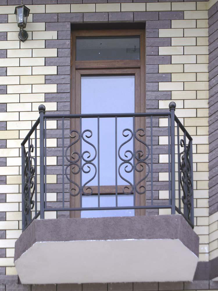 Стандартное балконные ограждения в поселке Супсех