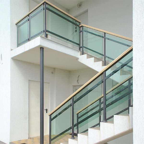 Стеклянное ограждение для лестницы — п.Витязево, СОК «Волейград»